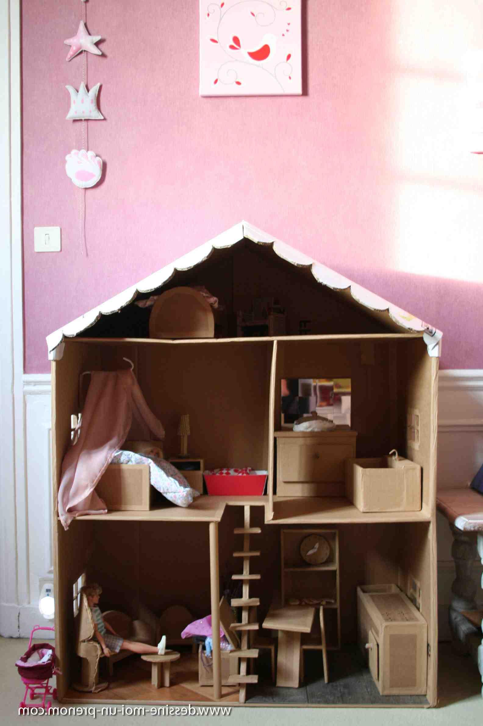Comment fabriquer des meubles pour Playmobil?