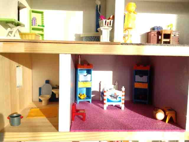 Comment faire soi-même une maison Playmobil?